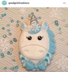 Because sometimes you get an idea stuck in your head and you just have to make it. I'm loving 's new Christmas Unicorn cutter! The third pic shows what accents I used. My Little Pony Unicorn, Unicorn Head, Unicorn Party, Valentine Cookies, Christmas Cookies, Christmas Ornaments, Princess Cookies, Unicorn Cookies, Christmas Unicorn