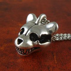 Teddy Bear Skull Necklace Antique Silver Teddy Bear by LostApostle Punk Jewelry, Gothic Jewelry, Jewellery, Jewelry Box, Bear Skull, Logic Design, Skull Pendant, Skull Necklace, Halloween Fashion
