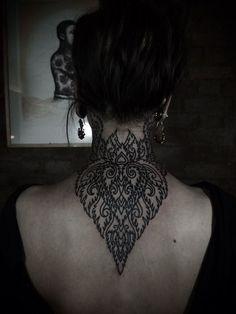Neck Tattoo Designs for Men – Franklin Maine Tattoos Tattoo Girls, Back Tattoo Women, Girl Tattoos, Back Of Neck Tattoos For Women, Cool Back Tattoos, Mandala Tattoo Design, Tattoo Designs, Tattoo Ideas, Tatoo 3d