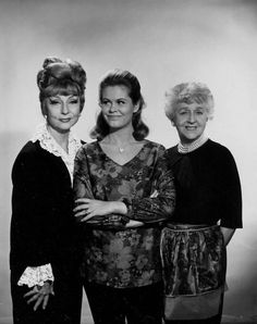 With BEWITCHED co-stars Elizabeth Montgomery and Mabel Albertson.