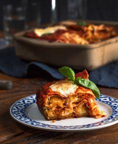 Mozzarella Stick Lasagna 11 Mind-Blowing Recipes That Will Majorly Up Your Mozzarella Stick Game Great Recipes, Dinner Recipes, Favorite Recipes, Mozzarella Sticks Recipe, Fresh Mozzarella, Beef Recipes, Cooking Recipes, Cooking Ideas, Pasta Recipes