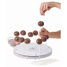 Popcakes holder  Buy it at www.kitchen4kids.dk
