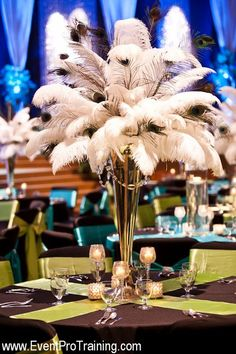 Ostrich feathers - perfect for great gatsby style wedding Ostrich Feather Centerpieces, Non Floral Centerpieces, Wedding Table Centerpieces, Wedding Decorations, Centerpiece Ideas, Centerpiece Flowers, Centrepieces, Peacock Wedding, Floral Wedding