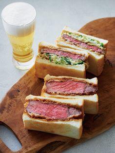 牛カツサンド Japanese Sandwich, Asain Food, My Favorite Food, Favorite Recipes, Good Food, Yummy Food, Western Food, Foods To Avoid, Teller