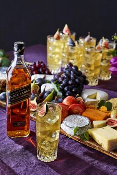 Bring out the spicy notes of the Johnnie Walker Ginger Fig with a scrumptious cheese board for an exquisitely delicious & warming pairing post-dinner - just what you need for a fall wedding. Follow the link for recipe & method. #Ad #FallWedding #AutumnWedding #WeddingTrends2019 #WeddingIdeas #WeddingInspiration #CocktailsAndDessert #WeddingCheeseBoard #WeddingCocktail #AfterDinnerDrink #WhiskyCocktail #WhiskyGingerCocktail #GingerCocktail #FigCocktail #DessertCocktail #CheeseandWhisky After Dinner Cocktails, Cocktail Desserts, Cocktail Recipes, Ginger Cocktails, Loose Leaf Tea, Baileys, Fine Wine, Fig