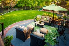 Dickson Property - traditional - Patio - Portland - Paradise Restored Landscaping & Exterior Design