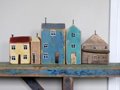 huisjes Clay Houses, Ceramic Houses, Miniature Houses, Wood Houses, Scrap Wood Crafts, Driftwood Crafts, Home Crafts, Diy And Crafts, Wood Projects
