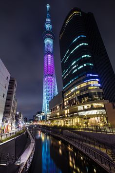 One of our favorite photos of SkyTree to date