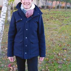 Marie shares her Tosti jacket photo! It's wool shell with quilted underlining and plaid pattern lining. very professional sewn and nice idea for winter coat. Thanks for sharing the photo! #sewing #naaien #wafflepatterns #ソーイング