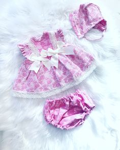 How Adorable is this outfit? Baby girl Spring/Summer 2019 Outfits. Extremely affordable too.