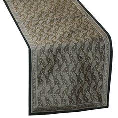 Geschenk,Brokat Benaras Seide Tischläufer 114 x 33 cm von ShalinIndien, http://www.amazon.de/gp/product/B001VKZRE2/ref=cm_sw_r_pi_alp_wJSWqb0AARA1Z
