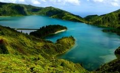 Lagoa de Fogo, or Fire Lake situated in Serra de Água de Pau, a magnificent crater lake and untouched paradise in a natural reserve :)