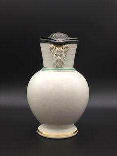 Wedwood Dorig jug. 19the century jug.