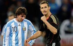 World Cup đỉnh cao: Đội tuyển Argentina sẽ hy sinh vì Messi http://ole.vn/nhan-dinh-bong-da/anh-vs-italia-04h00-ngay-15-6-san-arena-amazonia.html