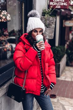 winter outfits canada Every new year, I cant help - winteroutfits Casual Winter Outfits, Winter Fashion Outfits, Autumn Winter Fashion, Trendy Fashion, Fashion Hats, Look 2018, Outfit Invierno, Outfits Damen, Winter Mode