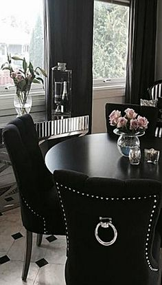 Elegant Dining Room, Luxury Dining Room, Dining Room Design, Goth Home Decor, Luxury Home Decor, Dining Room Table Centerpieces, Home Decor Furniture, Home Interior Design, Living Room Decor