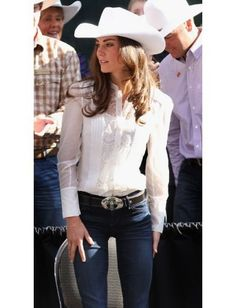 Love this look. Cowgirl but feminine.