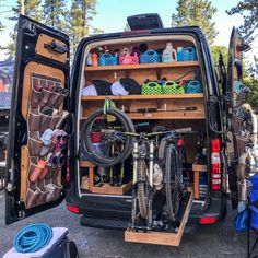 2018 Adventure Van Expo: Rowdy Builds for Life Of. 2018 Adventure Van Expo: Rowdy Builds for Life Off Road What's not Camping Klo, Off Road Camping, Camping Ideas, Suv Camping, 4x4 Off Road, Camping Car Sprinter, Sprinter Camper, Van Conversion Interior, Camper Van Conversion Diy