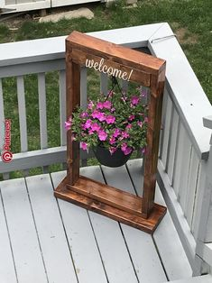 Decorate porch – 38 new projects for reusing wooden pallets … – Garden Projects Garden Crafts, Garden Art, Pinterest Garden, Pinterest Diy, Pinterest Projects, Diy Garden Furniture, Outdoor Furniture, Furniture Ideas, Furniture Design