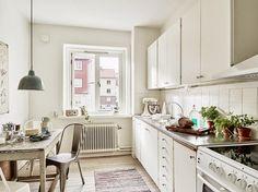 Convertir un loft en un hogar | Bathroom inspiration, Blue tiles ...