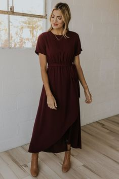 Bridesmaid Dresses With Sleeves, Beautiful Bridesmaid Dresses, Stunning Dresses, Maxi Dress With Sleeves, Short Sleeve Dresses, Bridesmaids, Modest Maxi Dress, Maxi Wrap Dress, Modest Outfits