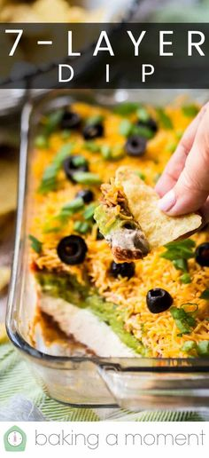 Dip Dip Recipe: So easy to make and it's the hit of every party. A beloved classic Dip Dip Recipe: So easy to make and it's the hit of every party. A beloved classic appetizer. 7 Layer Taco Dip, 7 Layer Dip Recipe, Layered Taco Dip, Retro Recipes, Dip Recipes, Baking Recipes, Easy Recipes, Spicy Appetizers, Simple Appetizers