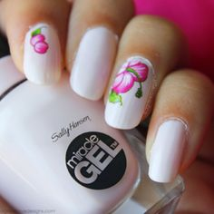 Floral Mani | Sally Hansen Miracle Gel Polish Review  #agapelovegirl #main #notd #floral #miraclegel #sallyHansen