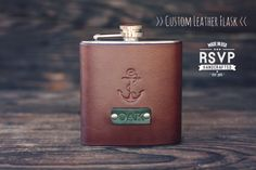 Custom Leather Flask Handmade personalized gift von RSVPhandcrafted