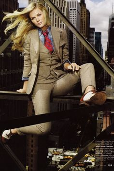 preludetoreality:  Brooklyn Decker | Ralph Lauren 3piece | Women in Suits 34