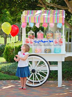Custom Candy Cart serving the Greater Houston Area - Mary Had a Little Party Bar Deco, Candy Stand, Sweet Carts, Bar A Bonbon, Candy Display, Candy Cart, Custom Candy, A Little Party, Carnival Birthday