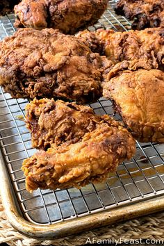 This Buttermilk Fried Chicken recipe is crispy and flavorful on the outside, and juicy and tender on the inside! A true, classic Southern fried chicken recipe! Best Fried Chicken Recipe, Crispy Oven Fried Chicken, Buttermilk Fried Chicken, Shredded Chicken Recipes, Healthy Chicken Recipes, Meat Recipes, Chicken Meals, Keto Chicken, Rotisserie Chicken