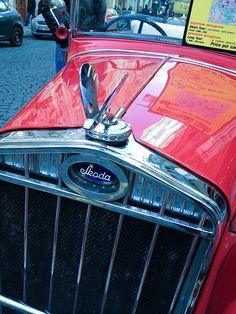 1932 Skoda Prague sightseeing tours Car Badges, Car Logos, Vintage Cars, Antique Cars, Car Symbols, Car Hood Ornaments, Hispano Suiza, Car Detailing, Exotic Cars