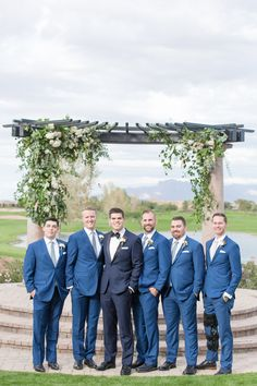 Encanterra Country Club Wedding in Phoenix, Arizona photographed by Scottsdale wedding photographers Amy and Jordan Demos, designed by Sassy Soirees Country Groomsmen, Groom And Groomsmen Suits, Groomsmen Outfits, Groomsmen Poses, Navy Blue Groomsmen, Groom Tux, Blue Suit Wedding, Wedding Suits, Tuxedo Wedding