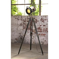 L'attrice Floor Lamp