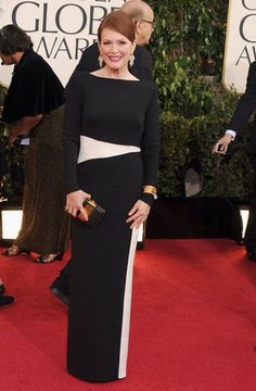 Julianne Moore in Tom Ford at the 2013 Golden Globes