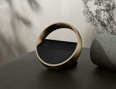 Bang and Olufsen's New Remote Operates Under a Halo Effect New Technology Gadgets, Tech Gadgets, Electronics Gadgets, Multi Room Speakers, Halo Effect, Cool New Gadgets, Natural Brushes, Milk Shop, Bang And Olufsen