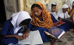 """mostra """"I colori di Dio"""", La Casa delle culture del mondo: Islam"""