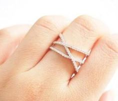 X Cross ring, double cross ring