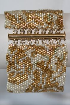 Seed Bead PATTERN ONLY for Peyote Stitch Gold and par pearlweaver