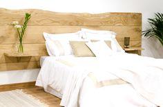 Cabecero de madera maciza de castaño #wood Design Room, House Design, Interior Design, Dream Bedroom, Master Bedroom, Bedroom Decor, Reclaimed Doors, My Ideal Home, Ikea Bed