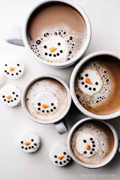 Mint Snowman Marshmallows