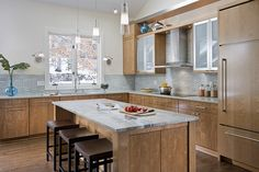 Before and After: A Sleek and Modern Kitchen Remodel in Minnesota