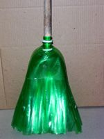 broom from 2 liter bottles