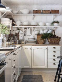 modern cottage + kitchen