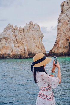 Sun + Ceviche: 21 of the Best Things to Do in Cabo San Lucas Sun Hats For Women, Women Hat, Cabo San Lucas Mexico, Floppy Straw Hat, Sun Protection Hat, Wide Brim Sun Hat, Outfits With Hats, Woman Beach, Mexico Travel