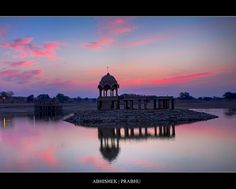 Lake Jaisalmer | Gadisar lake, Jaisalmer | Flickr - Photo Sharing!