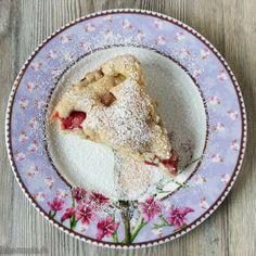 Yammie - Der vegane Rhabarber-Erdbeerkuchen schmeck lauwarm am besten :)