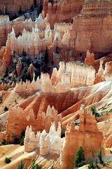 Ride my mule through Bryce Canyon, Utah.