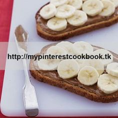This breakfast option couldn't be simpler, but it packs a nutritional wallop. The rye bread and banana will get you halfway to your daily Resistant Starch goal, and the almond butter adds metabolism-boosting MUFAs. Recipe on MyPinterestCookBook.tk