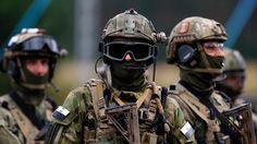 Die Mitgliedschaft Polens in der Nato wird dogmatisch gerechtfertigt, durchaus mit dem Glauben an eine ständige äußere Bedrohung für die fortgesetzte Funktionsfähigkeit dieses Bündnisses. Dagegen b…